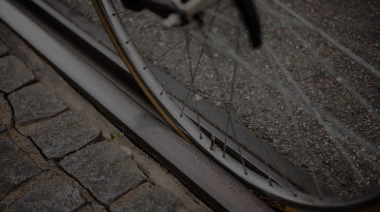 Bezpieczeństwo rowerzystów na torowiskach